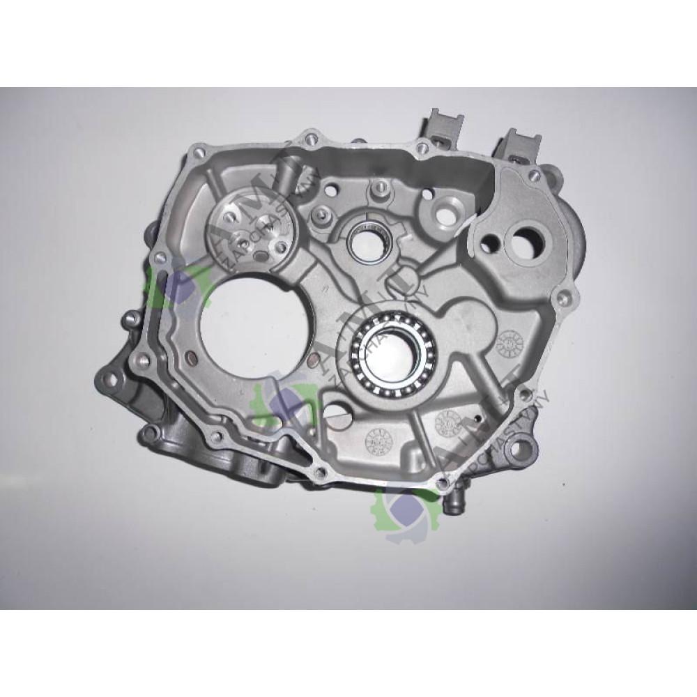 Картер двигателя правый FT150ZH