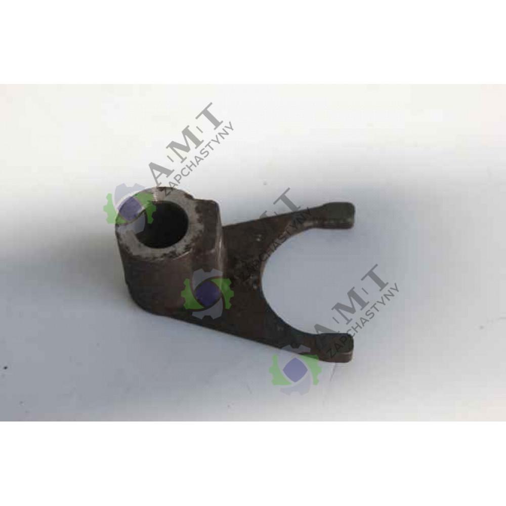 Вилка привода маслянного насоса XT120